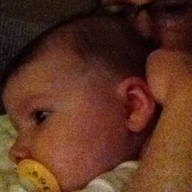 Sleepy cuddles | Mommy and Me Monday | The 127th ed.