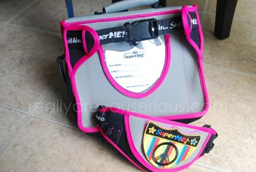 SuperME messenger style lunch bag