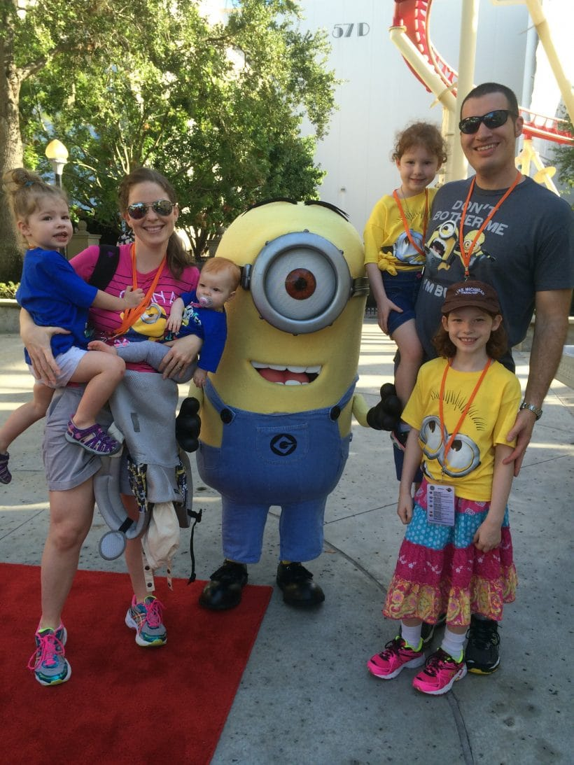 Minions and mommy Monday | 237th ed.