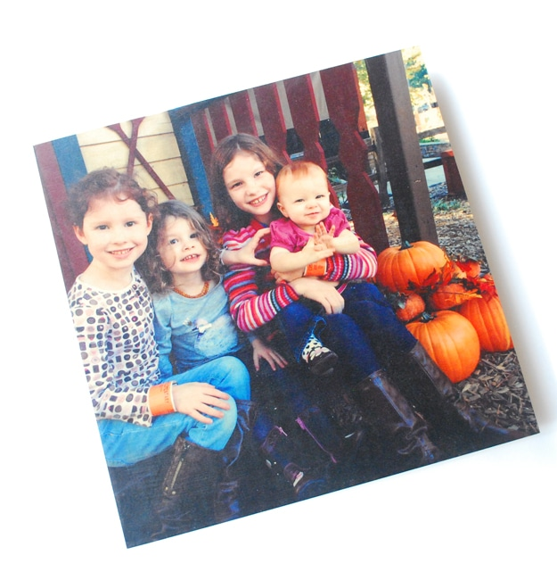 Pictures make some of the best presents | WoodSnap Giveaway
