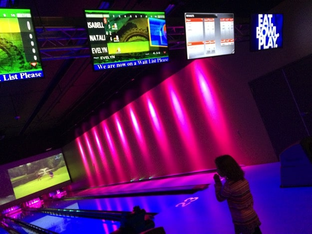 Bowling at Main Event