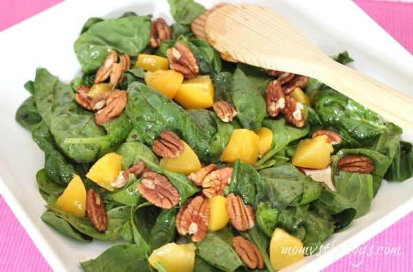 Peach salad pm 600x395