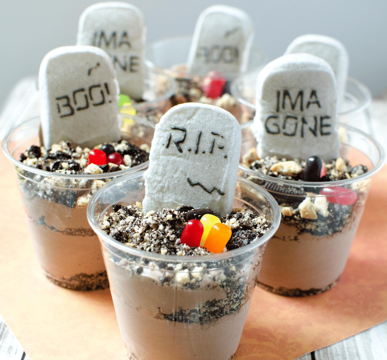 Easy Dirt Dessert for Halloween