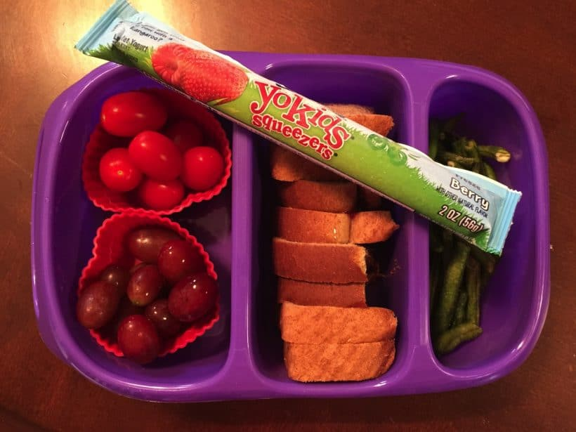 They pick out their own clothes and pack their own lunches **FREE PRINTABLE**