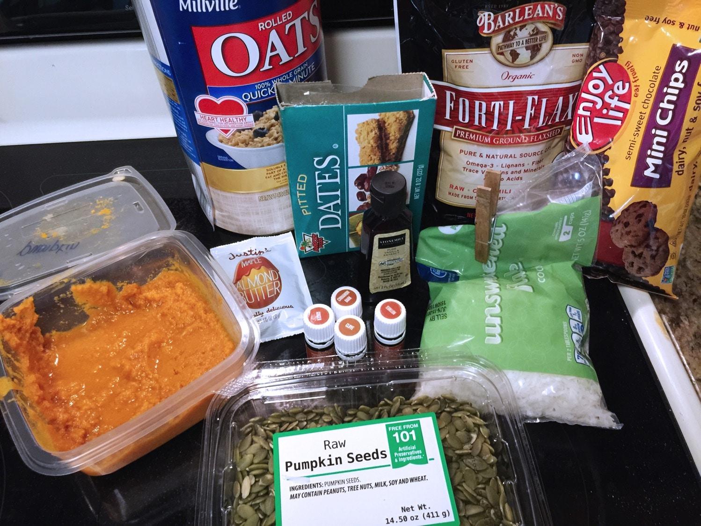 pumpkin spice energy ball ingredients