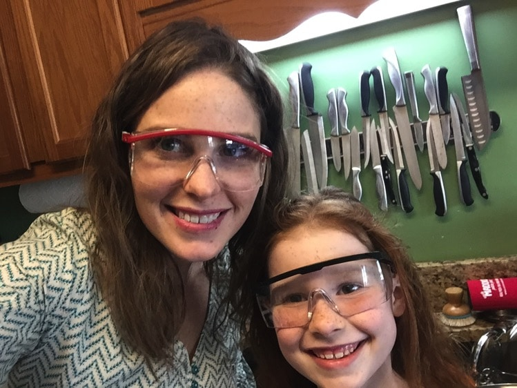 Mom and Daughter Project Time | Mommy and Me Monday | 370th ed