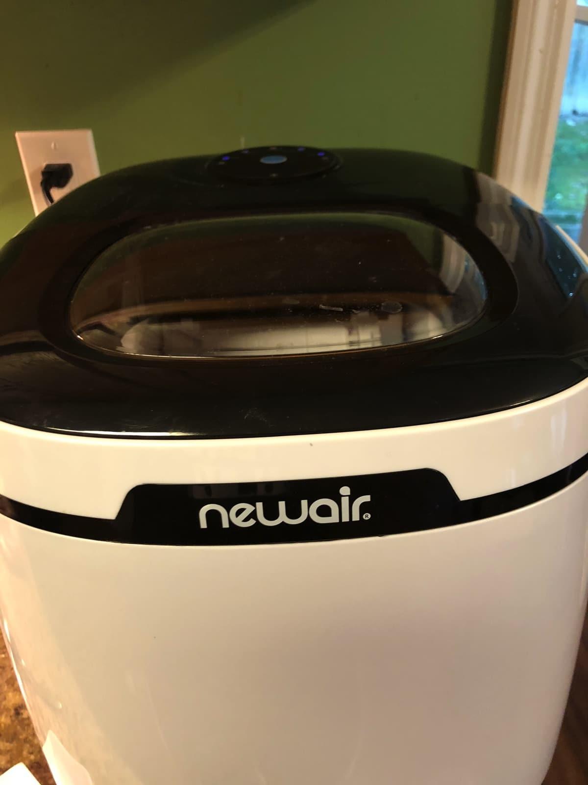 NewAir Ice Maker for home
