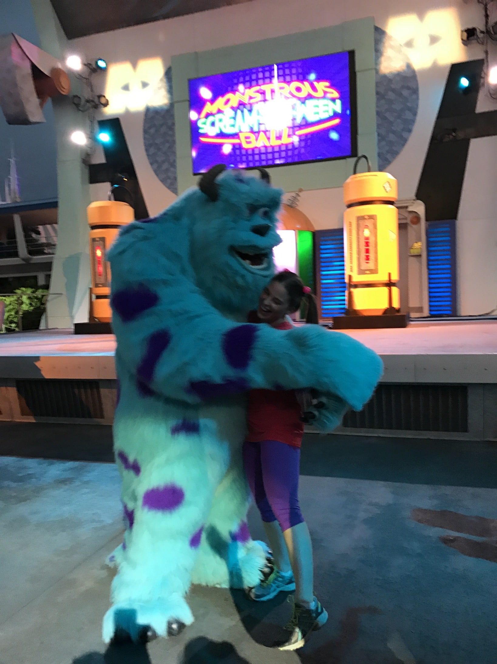 Boo Disney Bound Costume hugs with Sully