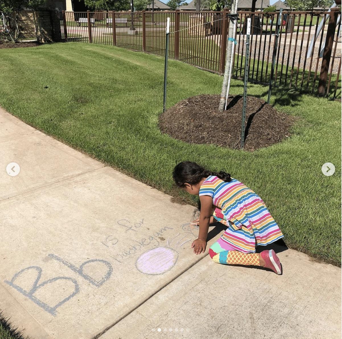 scavenger hunt chalk neighborhood