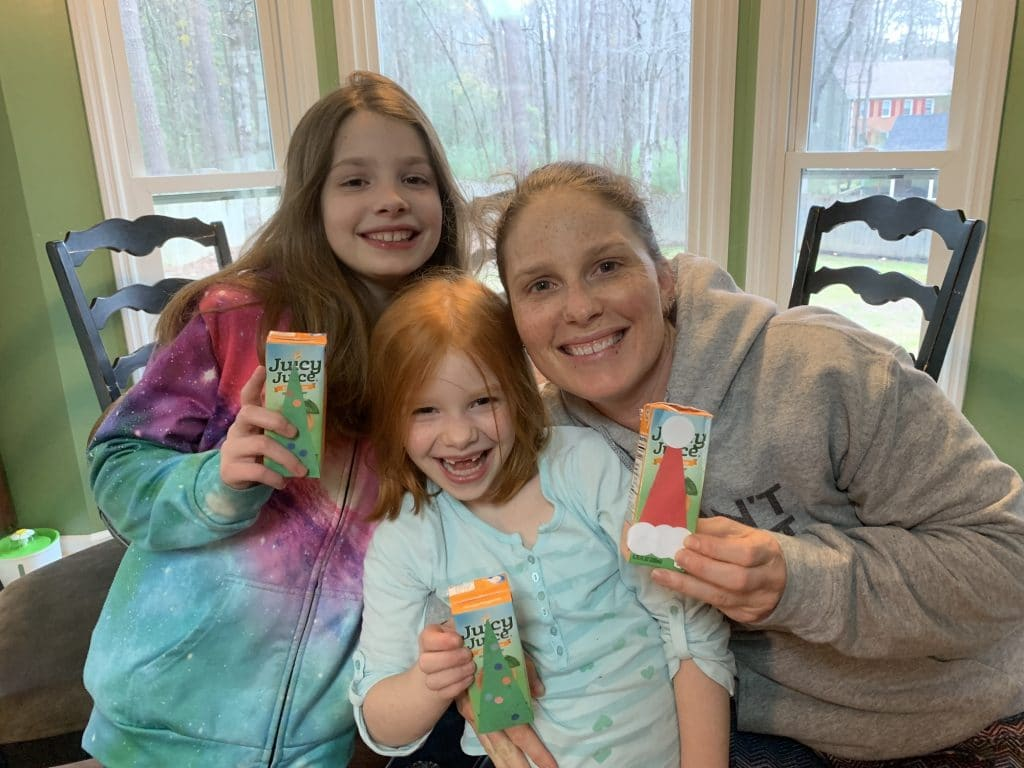 Christmas Tree and Santa Hat Juice Box Crafting | Mommy and Me Monday | 567th ed
