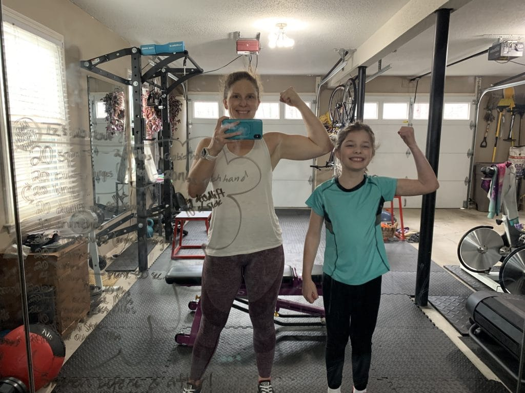 A workout buddy | Mommy and Me Monday | 573rd ed