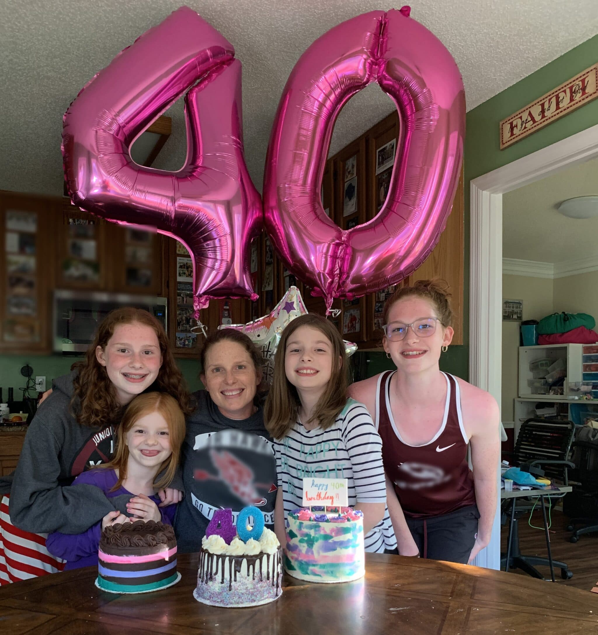 mommy and me monday 40th balloons with girls