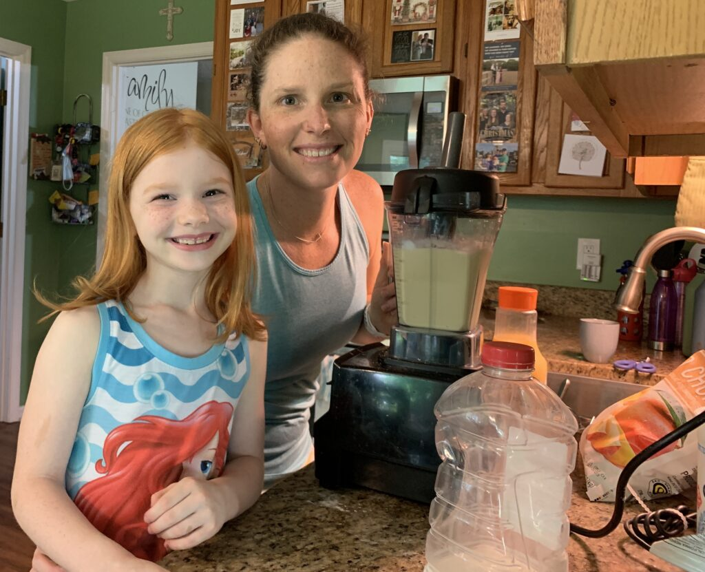 Smoothies with B | Mommy and Me Monday | 592nd ed