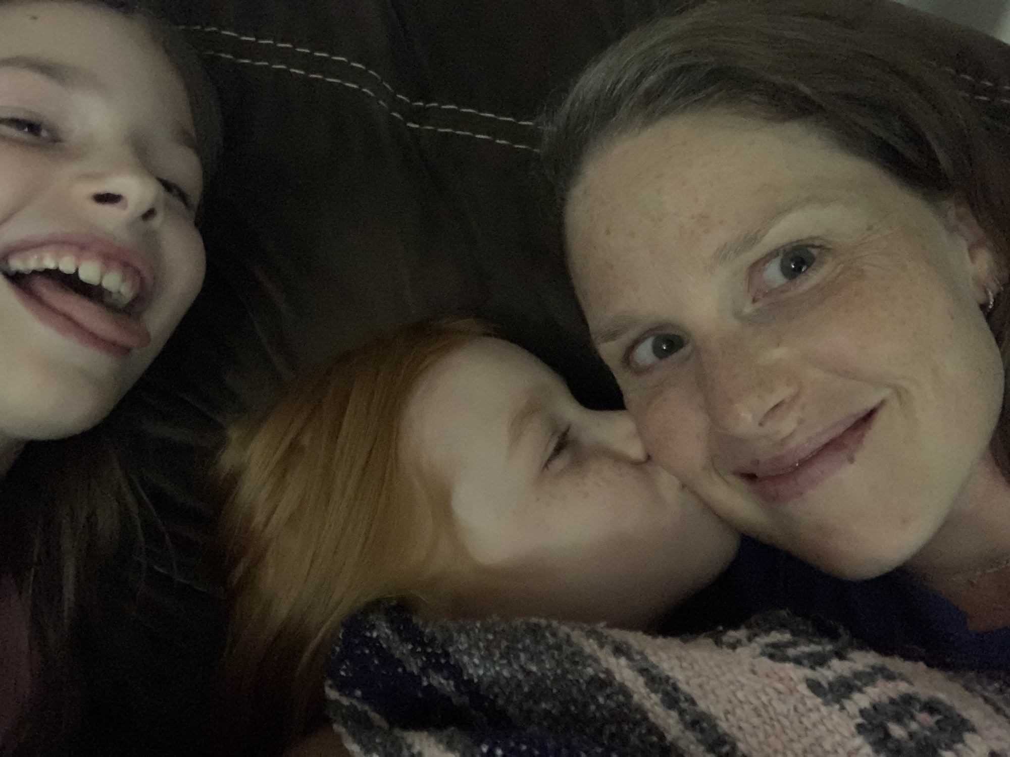 mommy-and-me-monday-kisses-with-b-and-photobombing-e