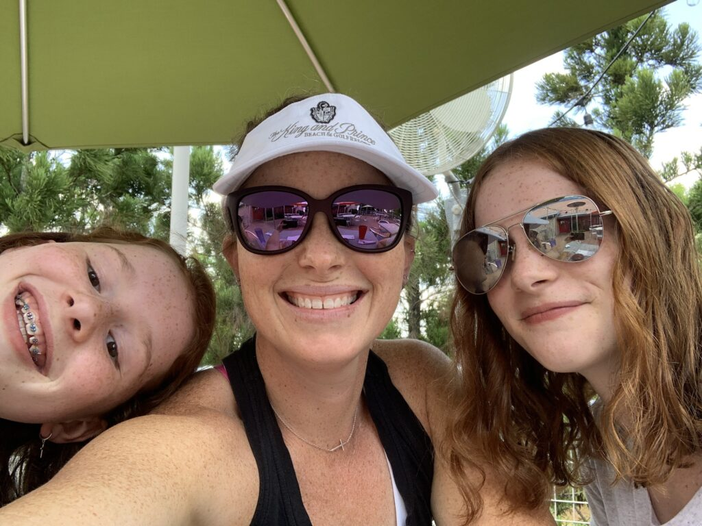 Lunching with my oldest two | Mommy and Me Monday | 593rd ed