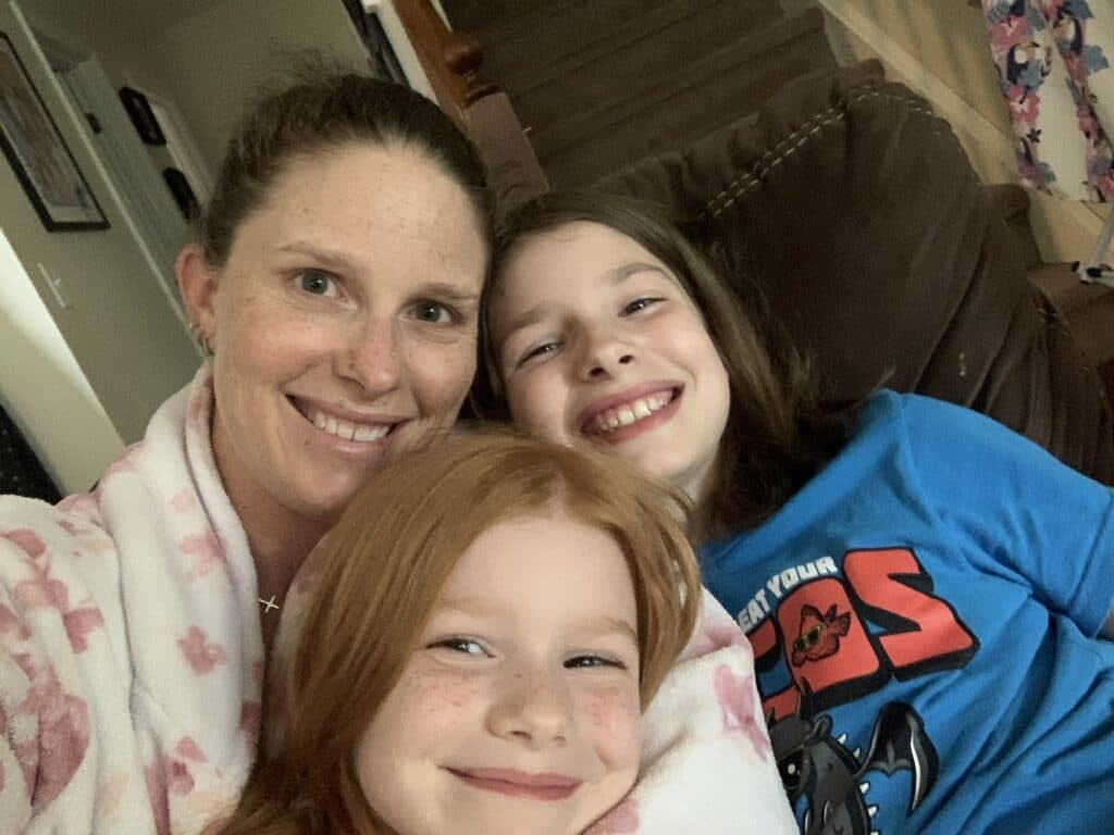 Snuggling with E and B | Mommy and Me Monday | 602nd ed