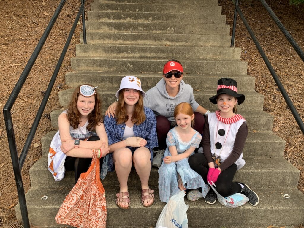Early Release Walks, iFly and trunk or treat | Mommy and ME Monday | 611th ed